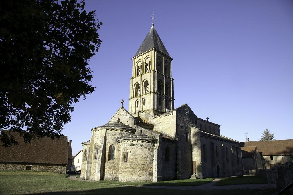 Eglise romane de Saint-Laurent en Brionnais