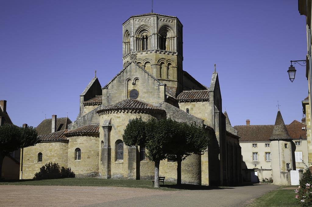 Eglise romane de Semur-en-Brionnais
